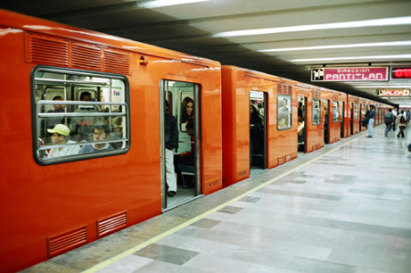 Line 12 of Mexico Citys metro subway reopens GeoMexico the