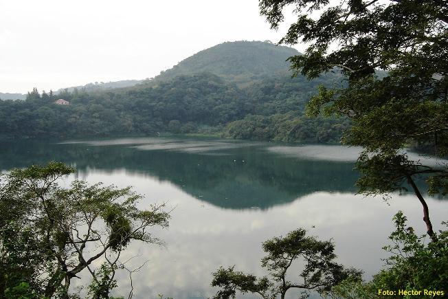 Laguna Encantada