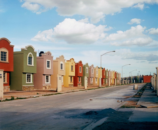 """Copyright: Alejandro Cartagena; all rights reserved. Image from """"suburbia mexicana""""; reproduced by kind permission."""