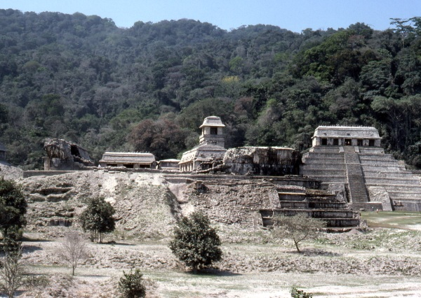 Palenque covered in ash following the eruption of El Chichón