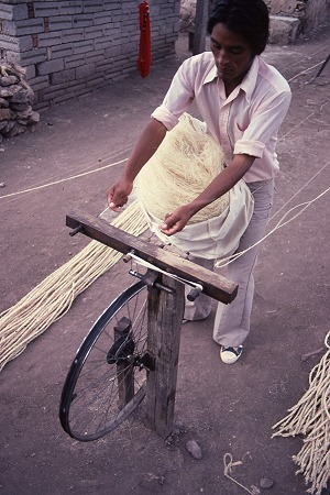 Preparing to start. Rope-maker starts to twist the strands.