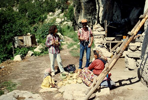 Cueva del Chino, 1989.Copyright Geo-Mexico; all rights reserved.