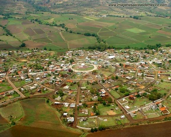 Venta de Bravo, Michoacán. Credit: imagenesaereasdemexico.com