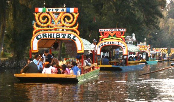 Xochimilco (Wikipedia; creative commons)