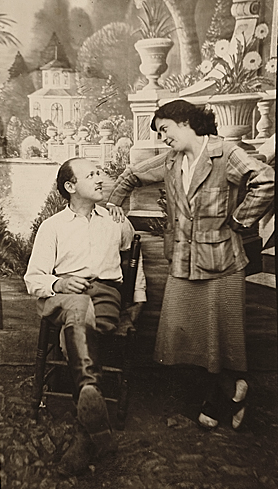 Stefan Hirsch and Elsa Rogo, ca. 1930 / unidentified photographer. Stefan Hirsch and Elsa Rogo papers, 1926-1985. Archives of American Art, Smithsonian Institution.
