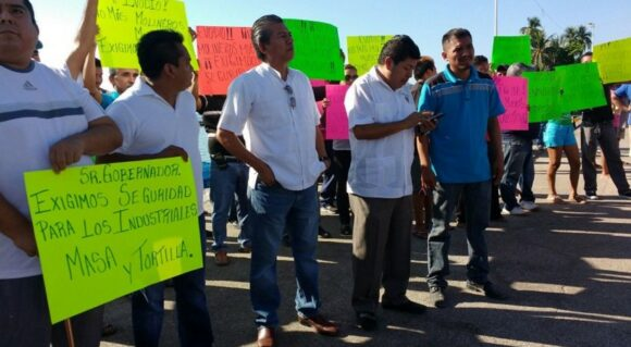January 2016 march by owners of tortillerias asking for state government help