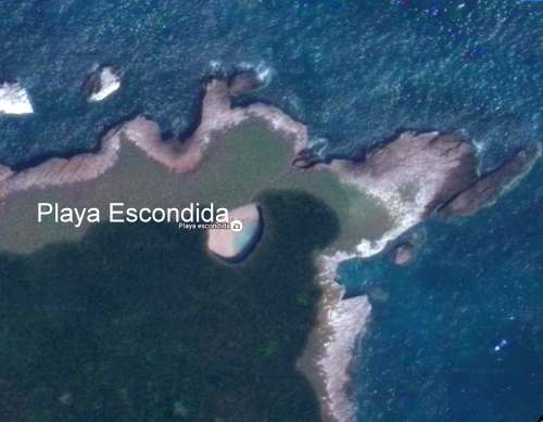 Playa Escondida. Source: Google Earth. Scale: The beach is about 30 m (100 ft) long.