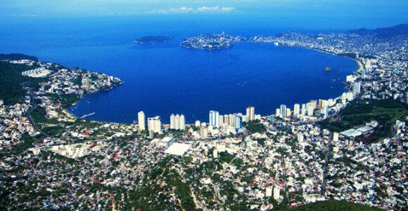 acapulco-bay-prob-public-domain